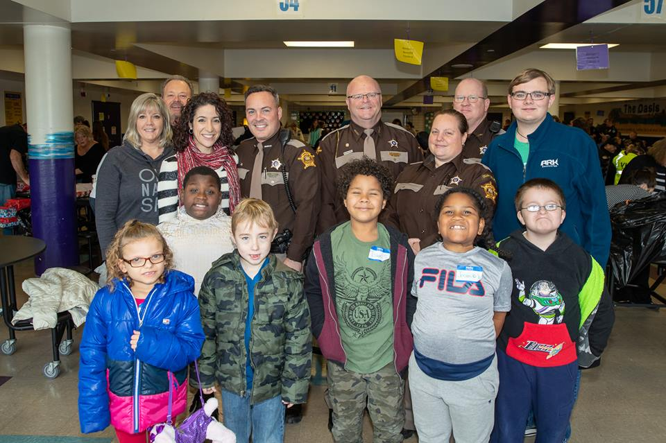 Campbell County Sheriff's Office Joins 2018 FOP Lodge 10's Cops and Kids